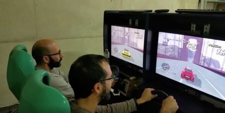 He pasado un año restaurando una máquina de arcade de conducción: éste es el resultado