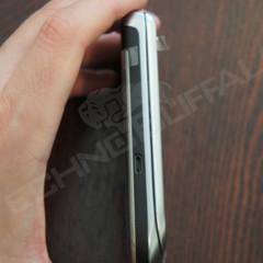 Foto 6 de 22 de la galería blackberry-torch-2-9810-mas-imagenes-del-nuevo-hibrido-de-rim en Xataka Móvil