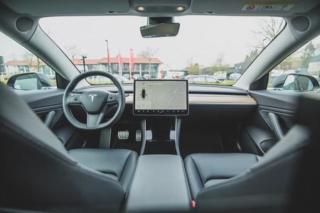 Tesla Software Version 10.0: Netflix, Spotify, 'Cuphead' y todas las novedades de la nueva actualización para los coches Tesla