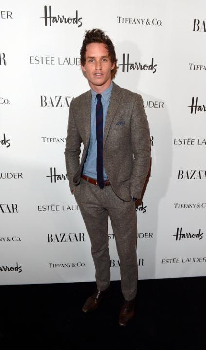 Eddie Redmayne traje tweed