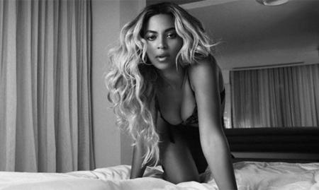 Beyoncé también cae rendida a los pies de Christian Grey