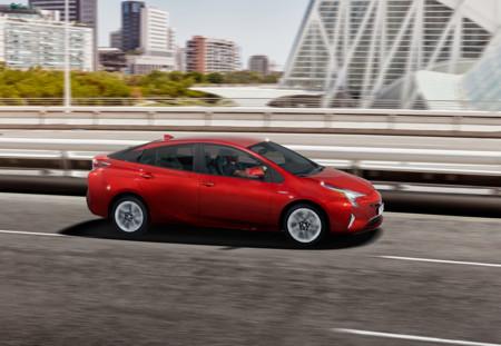 Así es la tracción integral del Toyota Prius 4G
