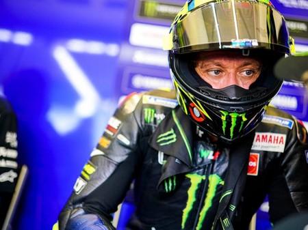 """Valentino Rossi fichará por el Petronas para seguir en MotoGP: """"No he firmado, pero está hecho al 99%"""""""