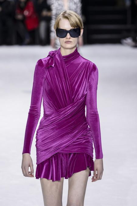 Clonados y pillados: no se trata de un vestido de Balenciaga (aunque lo parezca)
