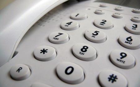 Cómo bloquear llamadas de un número en un teléfono fijo