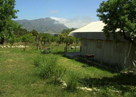 Casa Del Mundo Camping 12