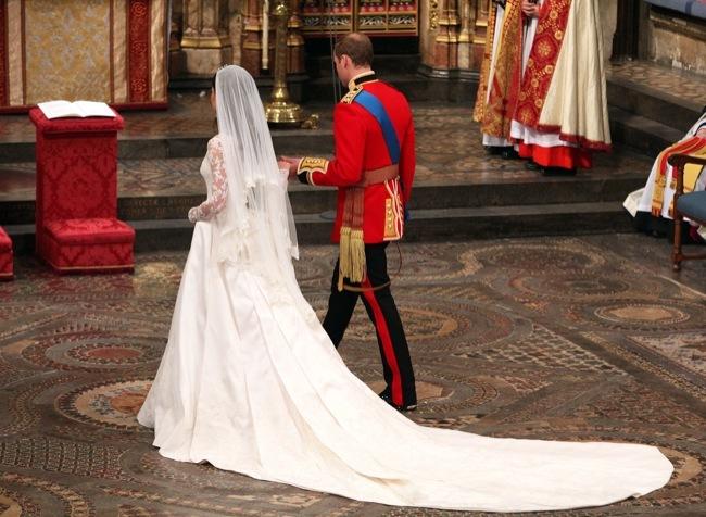 Foto de Todas las imágenes del príncipe Guillermo y Kate Middleton en el altar (3/12)