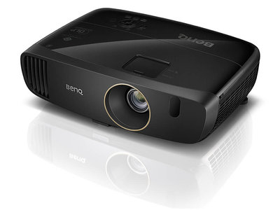 El BenQ W2000+ es el nuevo proyector Full HD en la gama de entrada que llega a España por poco más de 1.000 euros