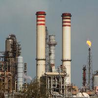 EEUU se plantea sanciones contra el petróleo de Venezuela. Para su industria local es un problema