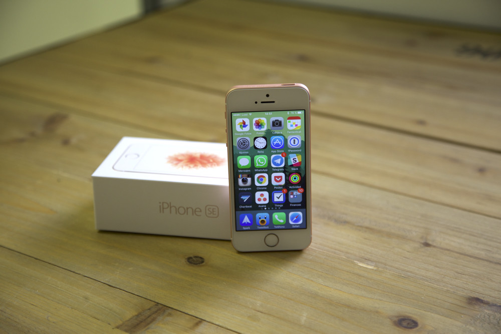 Iphone Se Review General