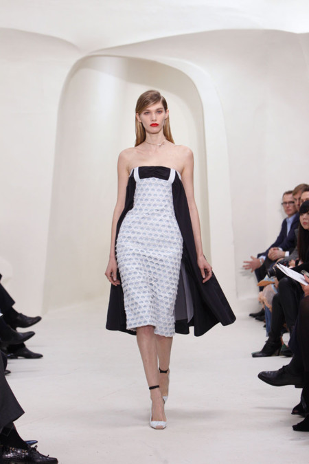 Vestido blanco y negro Christian Dior Alta Costura Primavera-Verano 2014