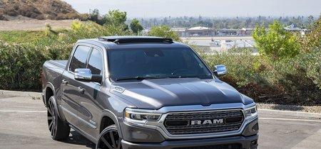 Shaquille O'Neal compró una Ram 1500 2019 y esto fue lo que hizo con ella