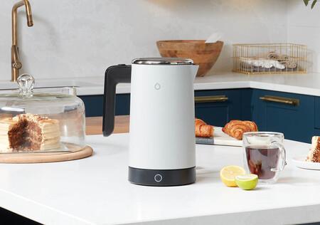 Este hervidor se integra en el hogar conectado gracias a que es compatible con Siri, Alexa.y Google Assistant