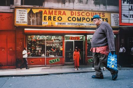 """'Coincidences', de Jonathan Higbee, buscando el """"instante decisivo"""" por las agitadas calles de Nueva York"""