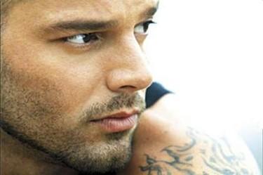 Ricky Martin depravado y egoista