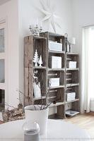 Original estantería para el salón, realizada con cajas de madera