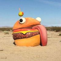 Desafío Fortnite: marca el número de Durr Burger y Pizza Pit en el gran teléfono. Solución