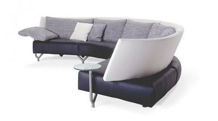 Baku de Montis sofá con mesa auxiliar