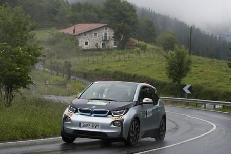 El BMW i3 se estrena con victoria en el Eco Rally Vasco Navarro