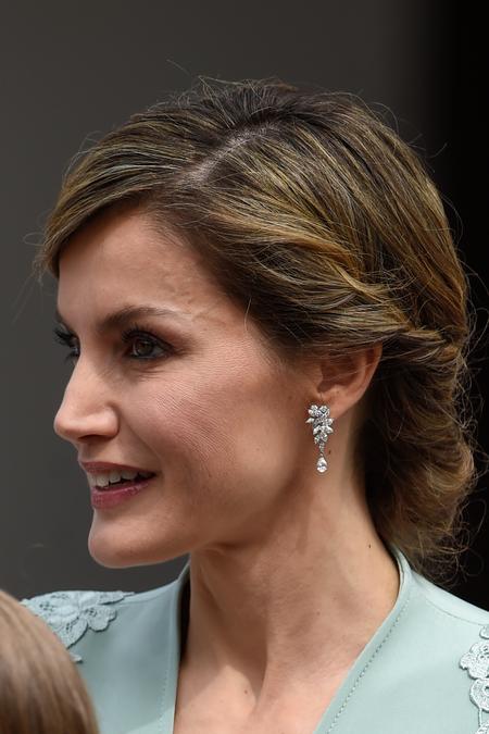 Peinado Reina Letizia Comunion Infanta Sofia