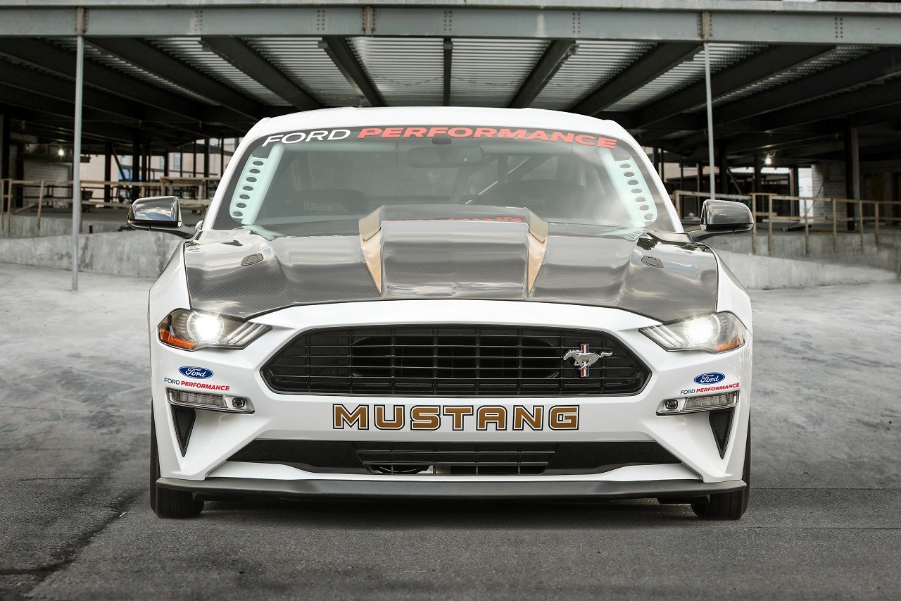 Foto de Ford Mustang Cobra Jet 2018 50 Aniversario (3/8)