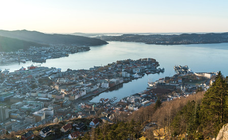 Noruega se ha pasado al coche eléctrico. Y en sus ciudades se respira un aire más limpio que nunca