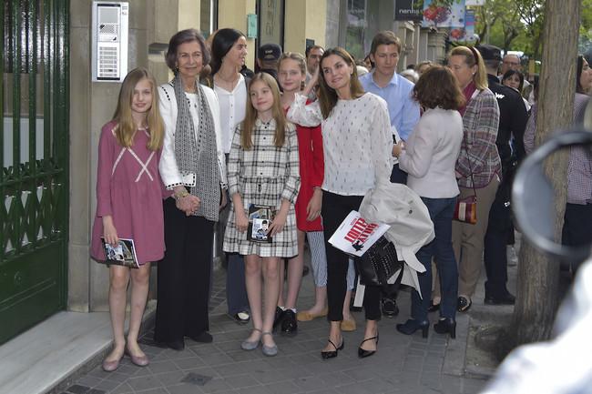 Madre e hija comparten armario ¿quién no querría hacerlo con Doña Letizia?