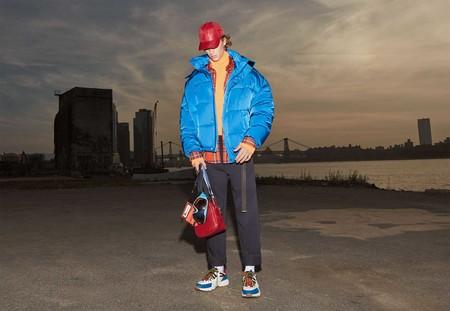 Sin miedo al color, Zara le sube el volumen a las chaquetas de temporada en su nueva campaña