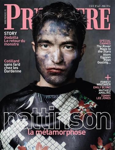 Robert Pattinson, parece que tienes una manchita en la cara...