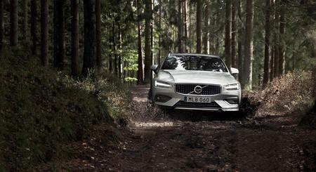 El Volvo V60 Cross Country mantiene viva la tradición de los todocamino con motores de 190 y 250 CV
