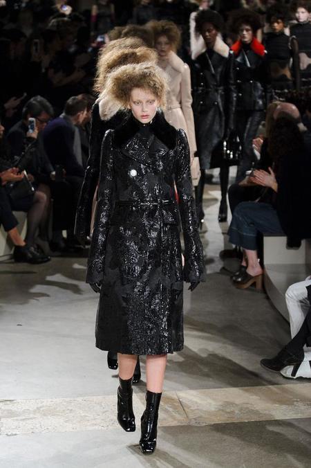 Esos looks totalmente incomprensibles de la Semana de la Moda de Paris