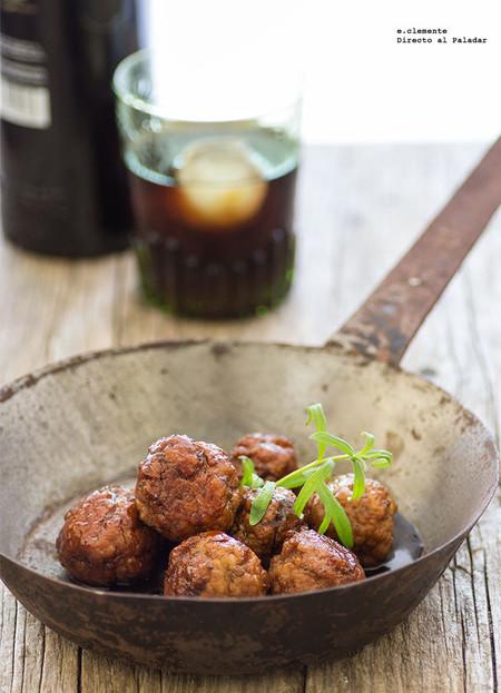 Albóndigas caramelizadas con soja y vermut: receta de carne para una cena especial