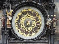 Todo lo que deberías saber la próxima vez que mires el fascinante reloj astronómico de Praga