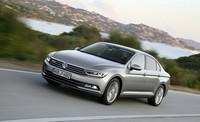 Así funciona el asistente para atascos de tráfico del nuevo Volkswagen Passat