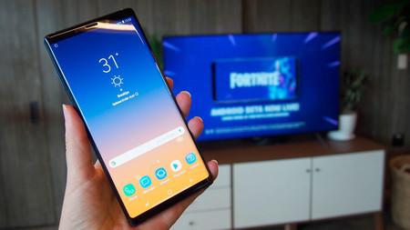 Cada vez conservamos más nuestros móviles: las cifras de 2018 constatan que el mercado móvil se desinfla