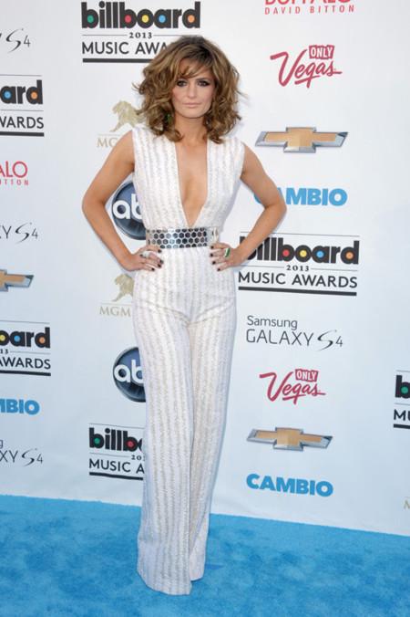Stana Katic peor vestidas billboard 2013