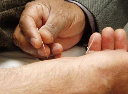 Sanidad publica un informe sobre las terapias naturales