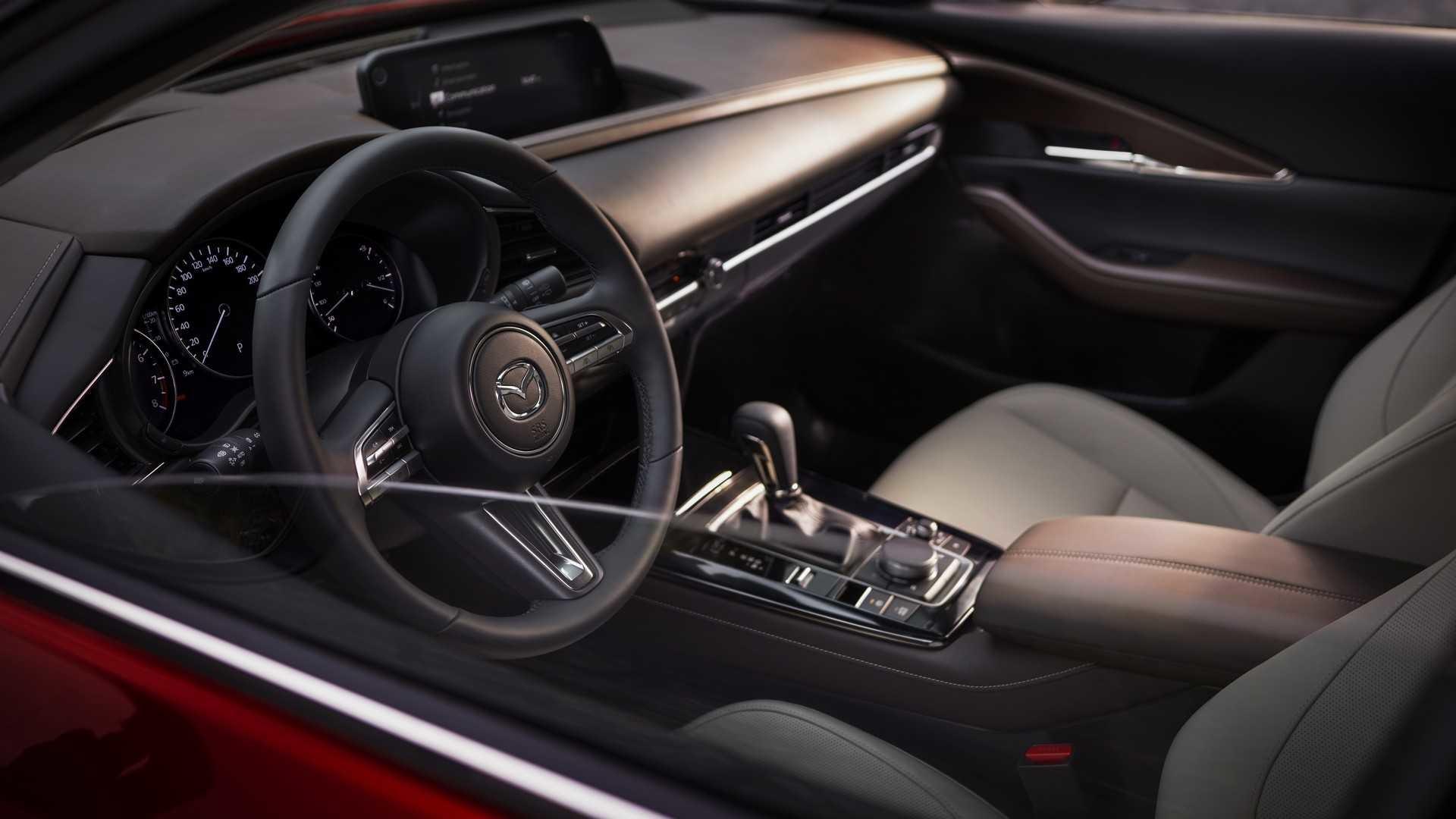 Foto de Mazda CX-30 (17/20)