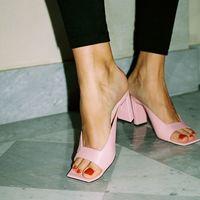 23 sandalias que parecen sacadas del armario de Carrie Bradshaw (pero que son de este 2019)