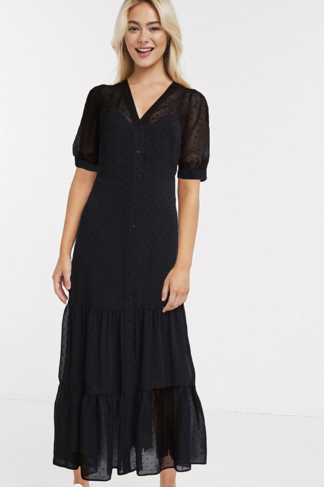 Vestido largo negro con diseño a capas de River Island
