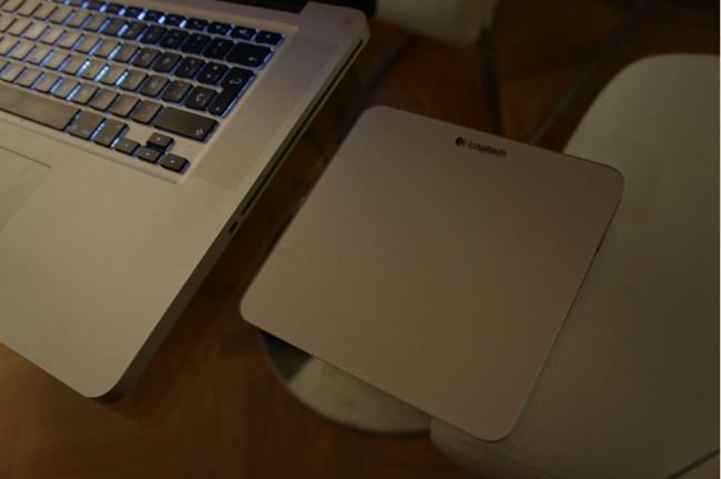 Así es el trackpad y así queda de bien con nuestro MacBook Pro