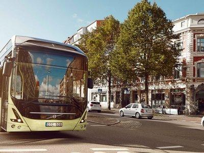 Volvo libra una silenciosa batalla contra el ruido con el 7900 Electric, un bus con 200 km de autonomía
