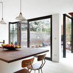Si tienes un patio interior: siete propuestas para que forme parte de tu hogar