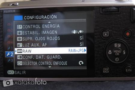 Fujifilm XF1 vista LCD