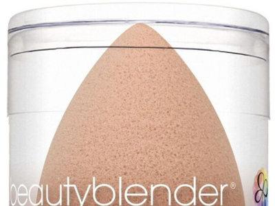 La Beautyblender se vuelve... ¡nude!