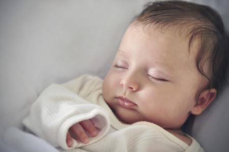 El síndrome de la muerte súbita del bebé es más frecuente en los meses de frío