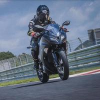 La moto eléctrica de Kawasaki tendrá menos de 30 CV y utilizará un cambio manual de cuatro velocidades