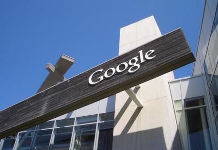 Los dos caminos de Google para el futuro: lo social y la información