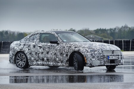 Bmw Serie 2 Coupe 2021 Teaser 026