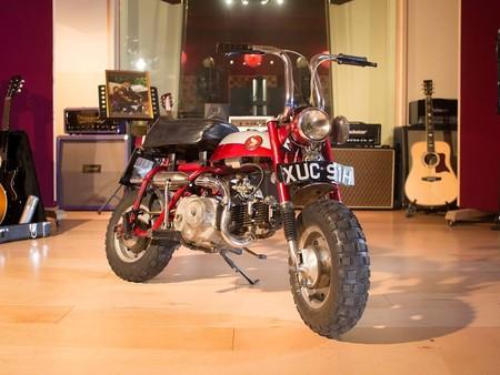 Alguien ha pagado más de 60.000 euros por la Honda Monkey de John Lennon, ¡y puede que ni siquiera sea real!